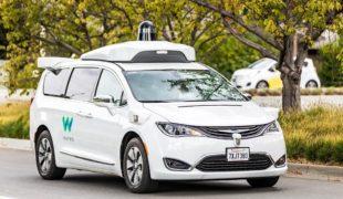 Waymo, une smart-city pour tester ses véhicules autonomes…